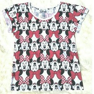 Tops - Disney Minnie Mouse print T Shirt size L